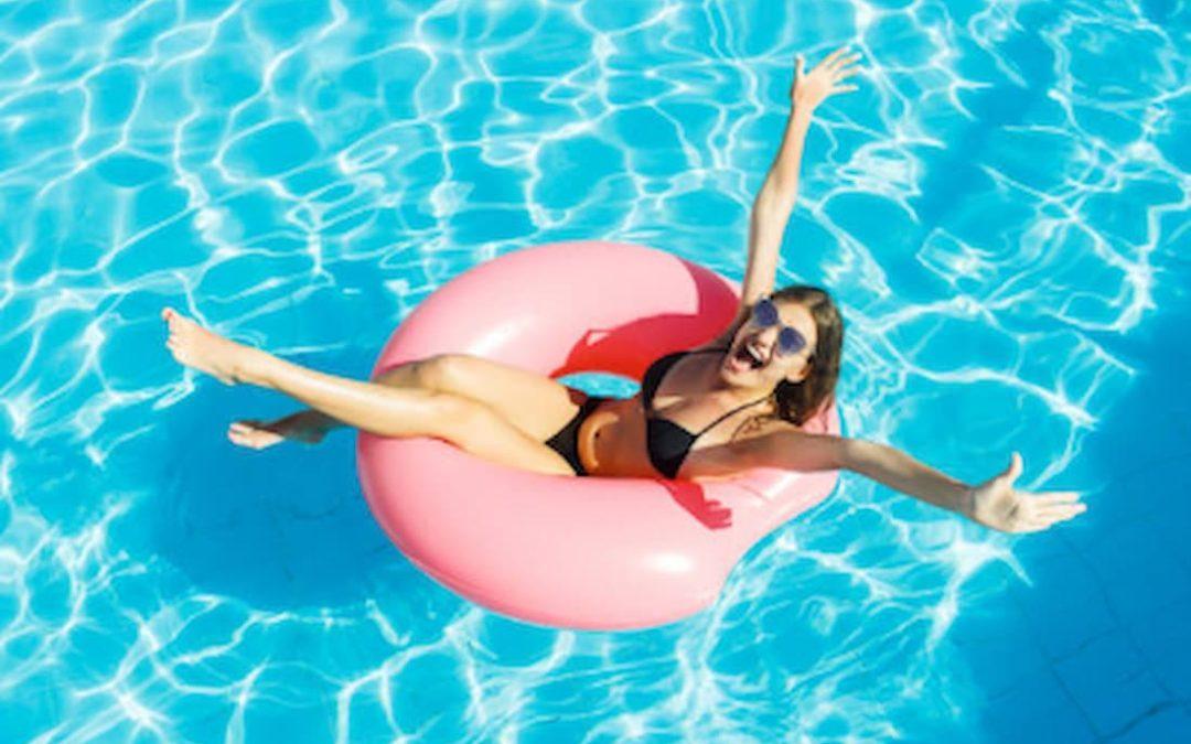 Agua de piscina transparente ¿Cómo mantenerla?